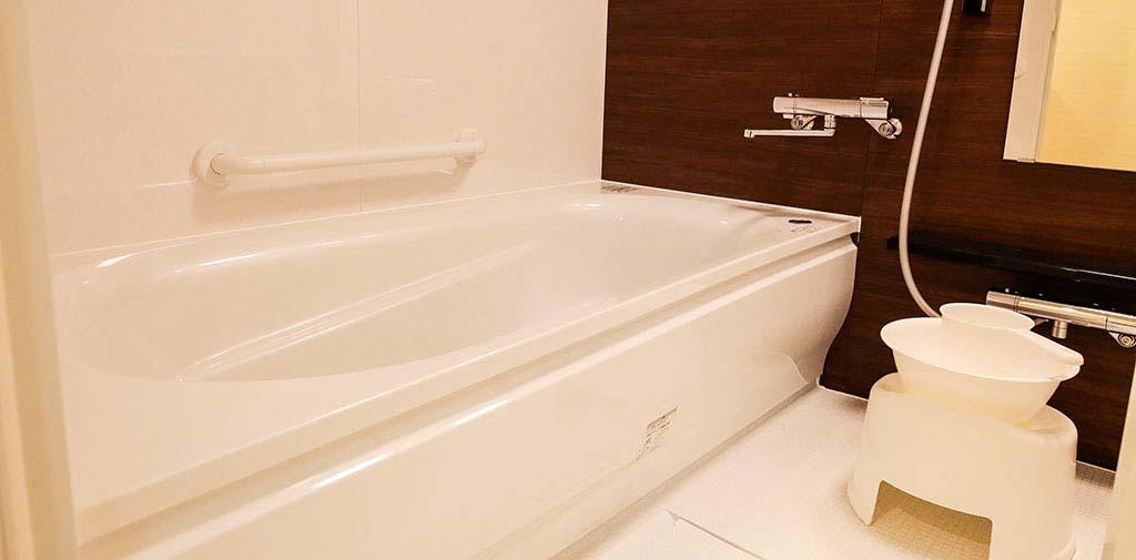 親族控室には浴室も完備。夜間のお付き添いも安心です。