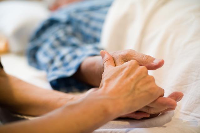 葬儀がすぐにできない場合の対処法